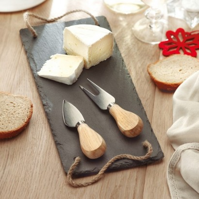 Deska do sera z 2 nierdzewnymi nożami.