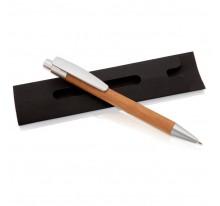 Długopis ze srebrnymi elementami w czarnym pokrowc
